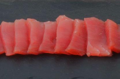 Verse tonijn dun gesneden